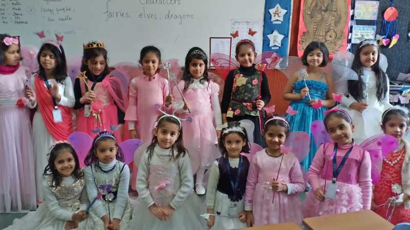 English Speaking & Dress Up Activity