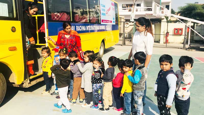 Bloomz & Toddlers enjoyed 'Go for a Ride Day'