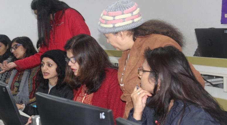Computer Workshop for its teachers